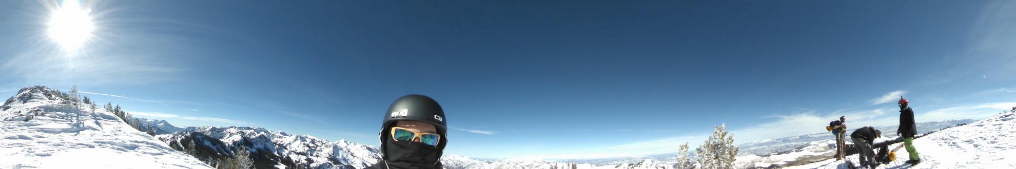 Панорамная камера 360 градусов позволяющая снимать панорамное видео и фото с углом обзора 360 градусов. В наличии и под заказа.